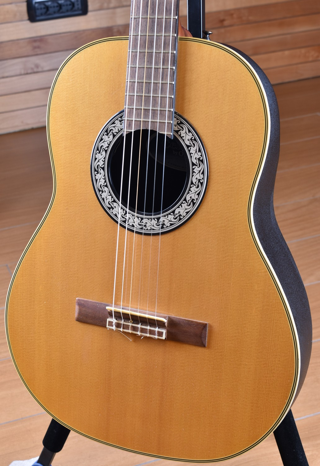 Ovation Celebrity Standard - Natural | Sweetwater