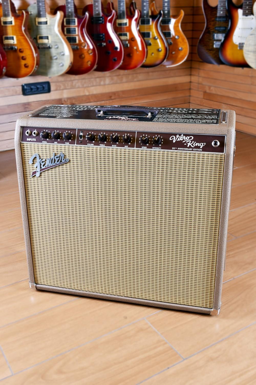 Fender Vibroking Custom 20th Anniversary Brown