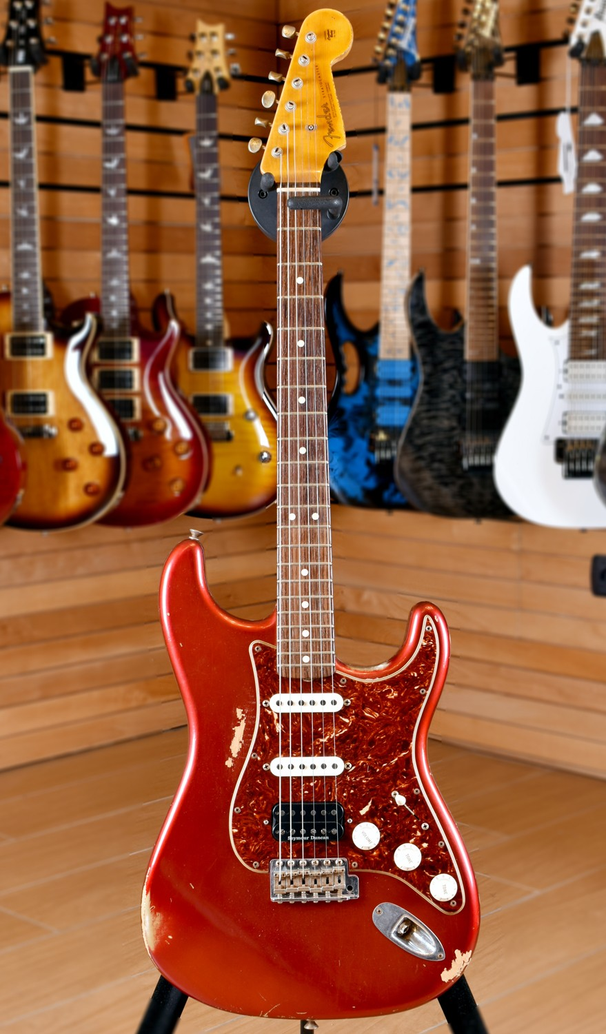 Fender Custom Shop Stratocaster '63 HSS Heavy Relic Candy Apple Red