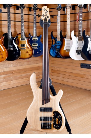 Cort Artisan B4 Plus AS OPN Fretless