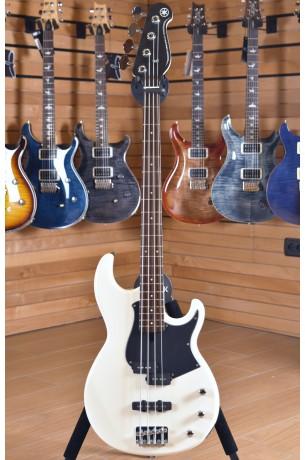 Yamaha BB234 - Vintage White