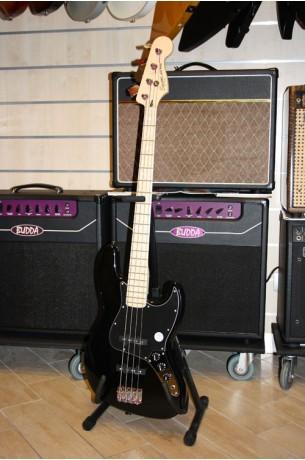 Squier (by Fender) Vintage '77  Jazz Bass Black