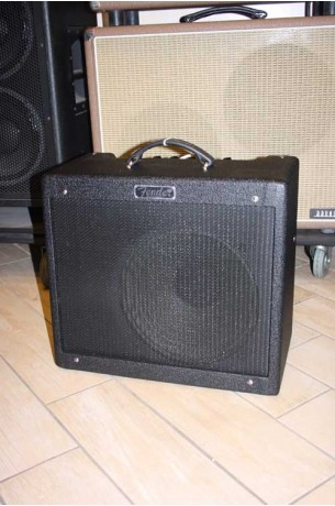 Fender Blues Junior III Limited Edition Stealth Carbon