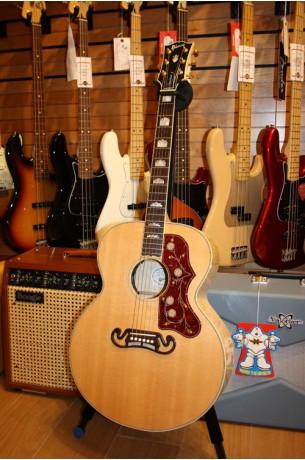 Gibson SJ-200 Antique Natural