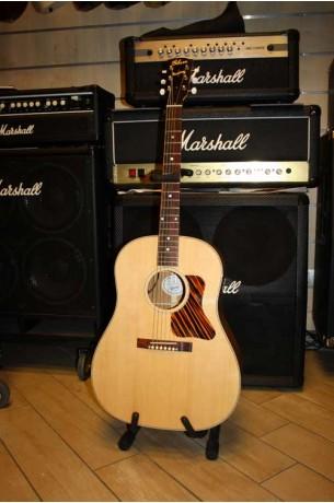 Gibson J-35 Natural